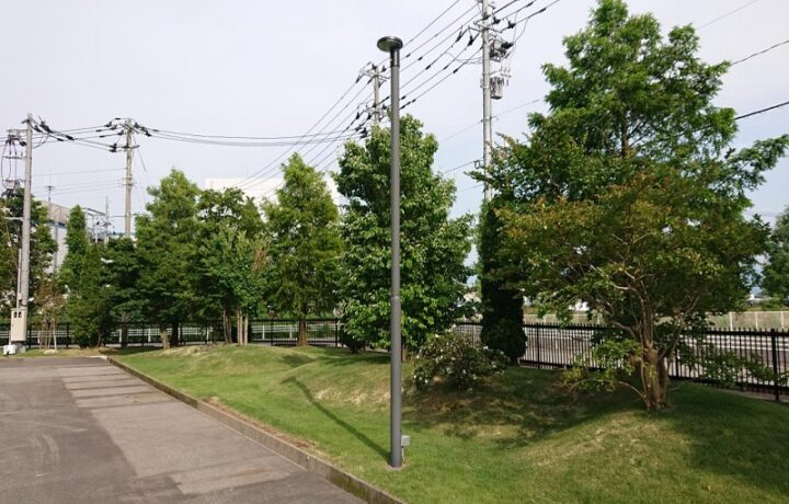 富山市 東亜薬品(株)西本郷工場 外灯(LED)設置工事
